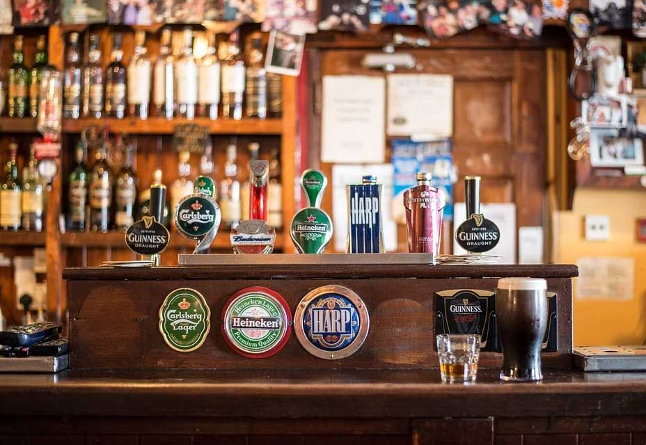 5-Reasons-for-Visiting-an-Irish-Pub