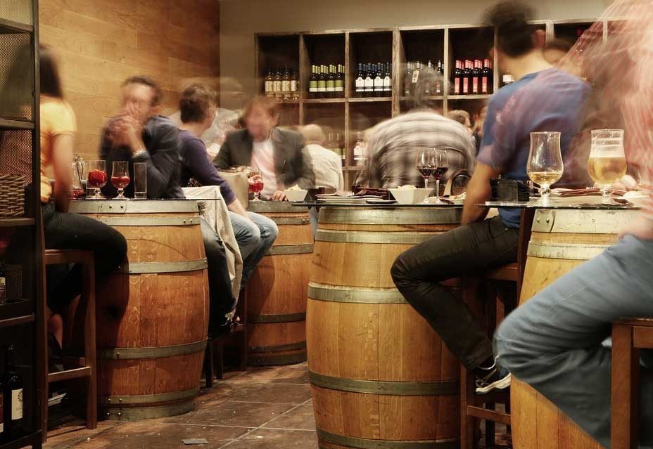 Top-4-Drinks-You-Will-Find-in-Irish-Pubs