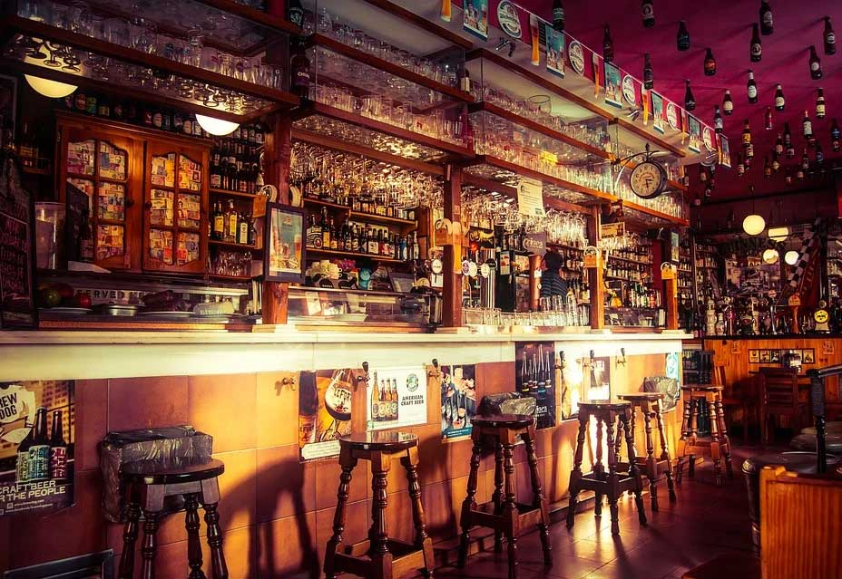 5-Reasons-Why-Irish-Pubs-Are-Special